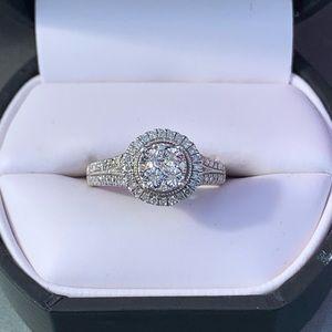 Jewelry - Round Brilliant Diamond ring size7